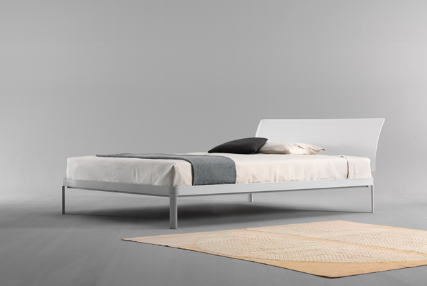 The Planes bed frame and headboard designed by Luciano Bertoncini