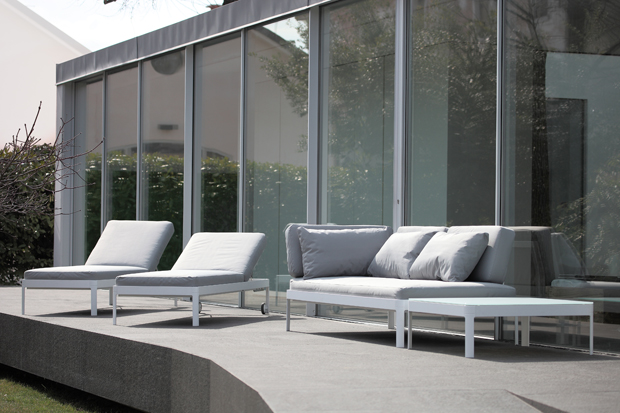 The Planes for Out outdoor furniture designed by Luciano Bertoncini