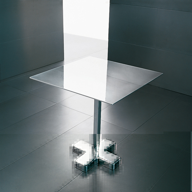 Harrys bistro table in polished aluminium, designed by Luciano Bertoncini