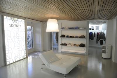 Nuovo negozio monomarca Seventy a Milano. Progettato da Studio Luciano Bertoncini